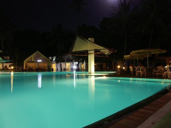 Turtle Bay Beach Club: La piscine