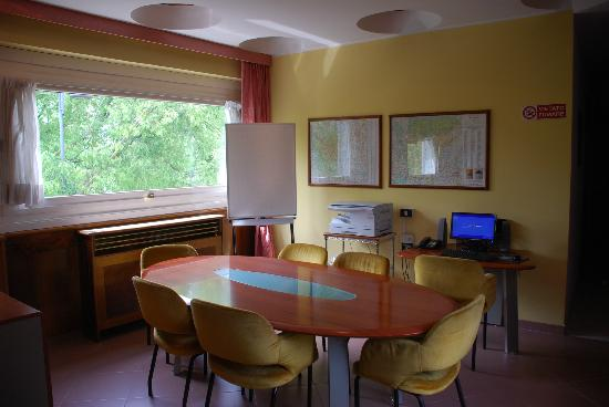 Hotel Vergani : Angolo Lavoro