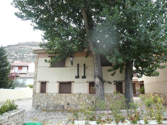 Casas Rurales Los Olivos: 03. casa parte trasera