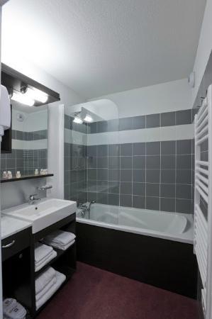 Résidence Mona Lisa - Les Terrasses de Labrau : La salle de bain