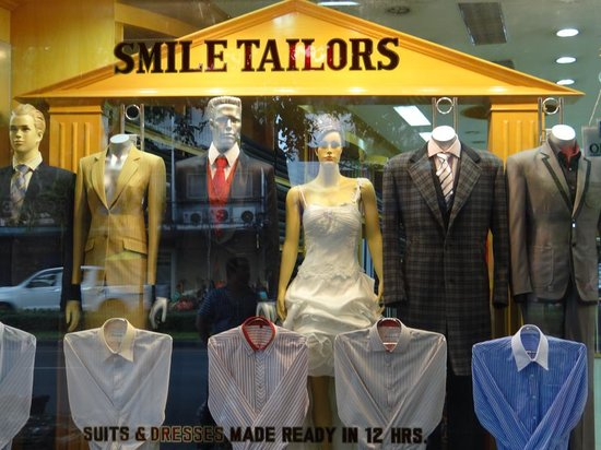 ‪Smile Tailors‬