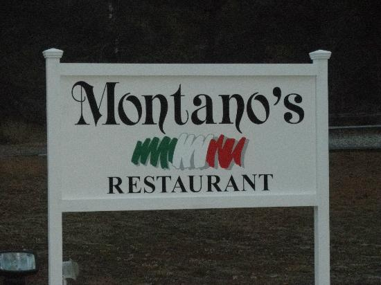 Montano's Restaurant: Road sign