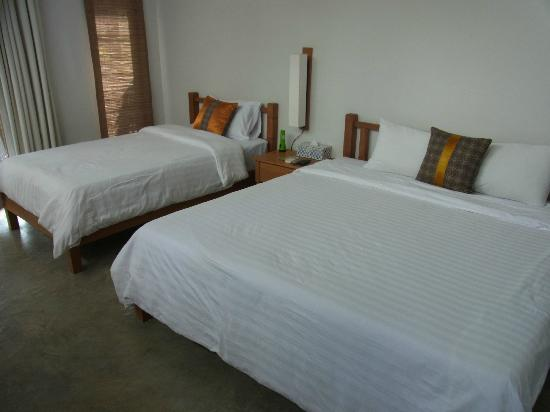 Islanda Eco Village Resort: clean room