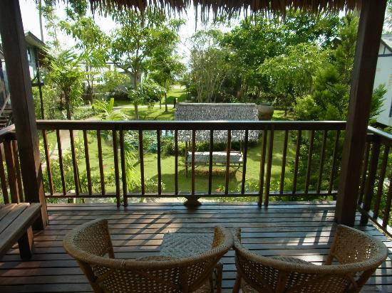 Islanda Hideaway Resort: nice balcony