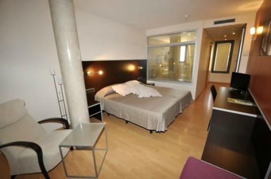 Hotel Palau De Girona: SUIT