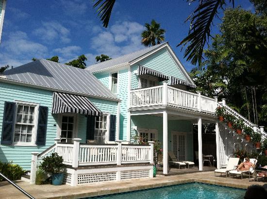 Marquesa Hotel: Poolside