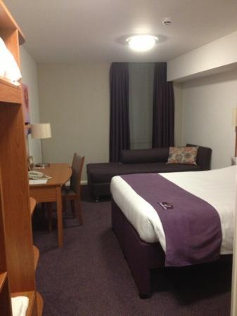 Premier Inn Belfast Titanic Quarter Hotel: Room 312