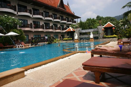 Nipa Resort : piscine