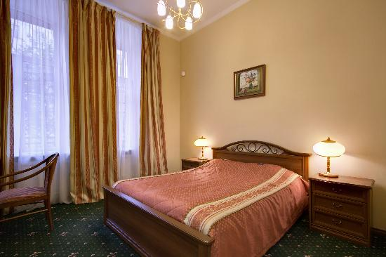 Shelfort Hotel: Suite room
