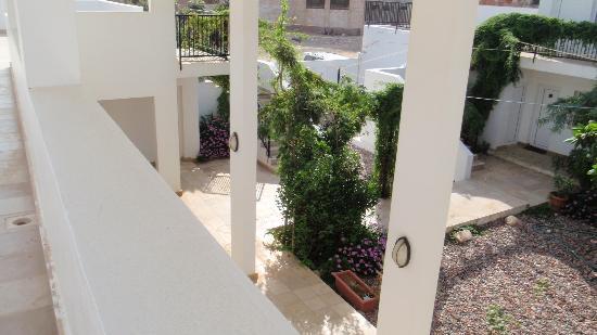 Summerland Hotel : courtyard3