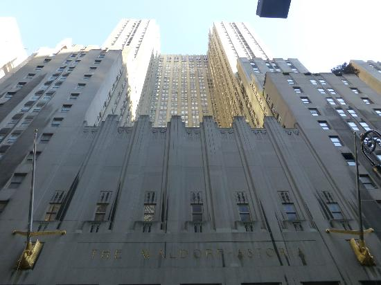 Waldorf Astoria New York: 49th Street side