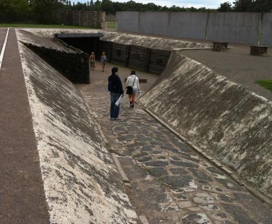 Sachsenhausen Concentration Camp : sachsenhausen