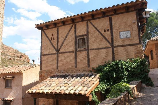 Casa Rural Xalon: Fachada Casa Xalón