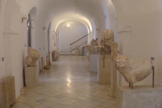 Archaeological Museum: The museum's corridor