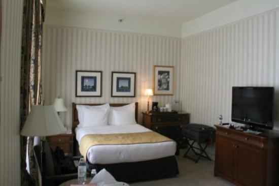 ذا لانجهام بوسطن: Basic bedroom 