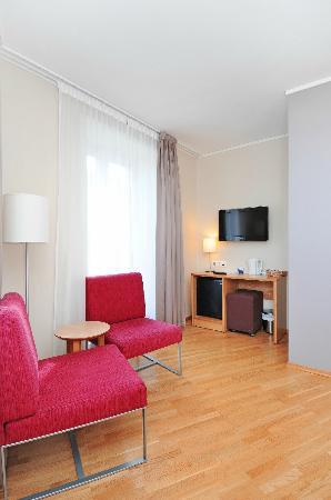 Globus Hotel: Room