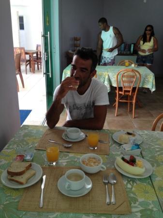 Farol de Itapuã Praia Hotel: colazione