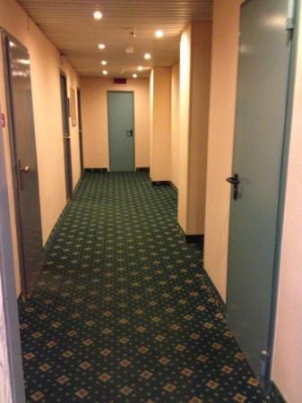 New York Hotel: corridoio secondo piano