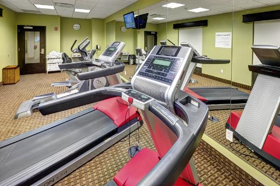 Holiday Inn Express at KU Medical Center: Fitness Center