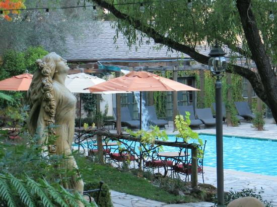 Kenwood Inn and Spa: pool