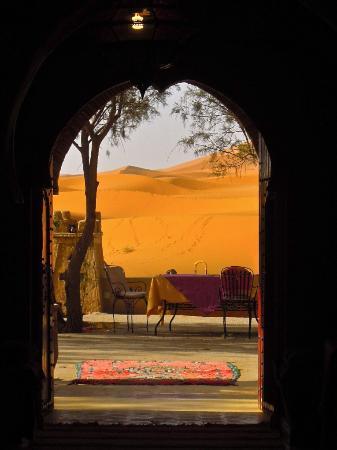 Yasmina Hotel Merzouga: desert breakfast