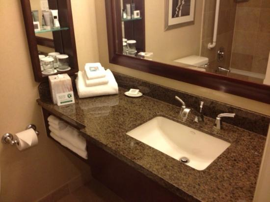 JW Marriott Washington DC: sink