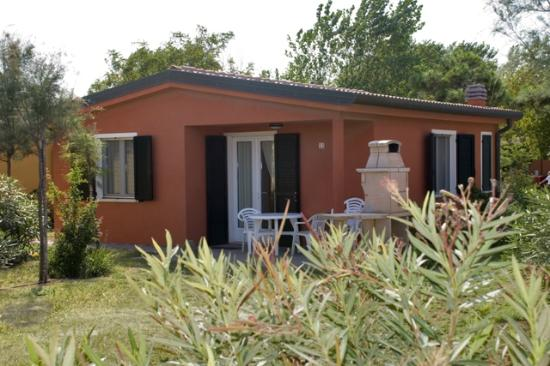 Bungalow de lux picture of camping spiaggia e mare for Bungalow spiaggia