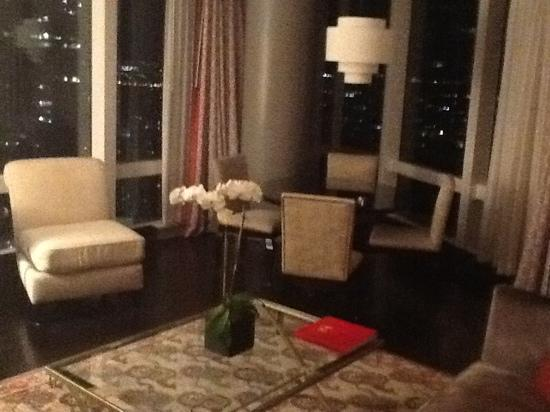 Mandarin Oriental, New York: Corner Suite