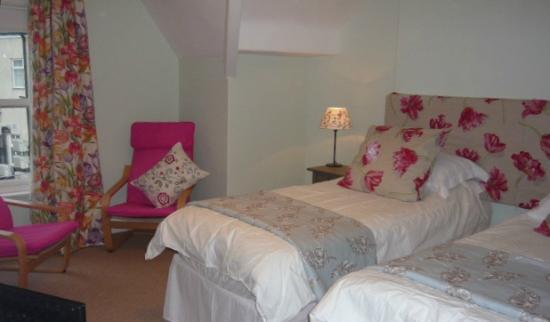 No1 Harrogate: Tulip Room Twin