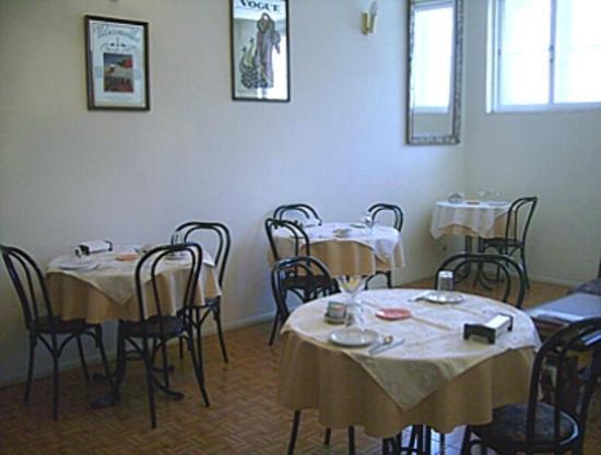 هوتل ميراداير بورتو: Sala de Café