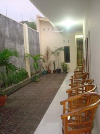 Rumah Nugraha: Hotel Nugraha