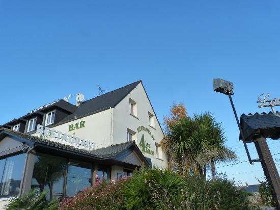 Les 4 Salines Hotel Restaurant: Exterieur Aspect