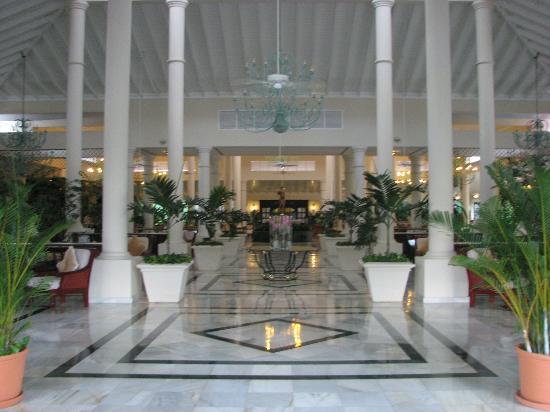 Grand Bahia Principe Turquesa: Premier's lobby