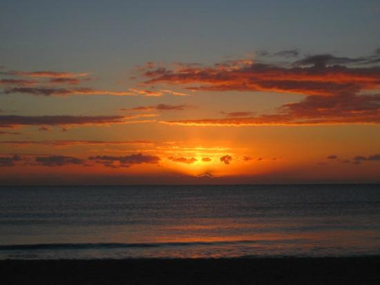 إبيروستار جراند هوتل بارايسو أول إنكلوسف: Gorgeous sunrises! 