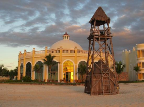 Iberostar Grand Hotel Paraiso: Las Brisas
