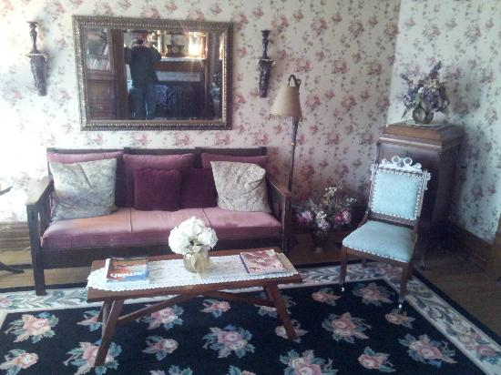Hasseman House B&B: Sitting room