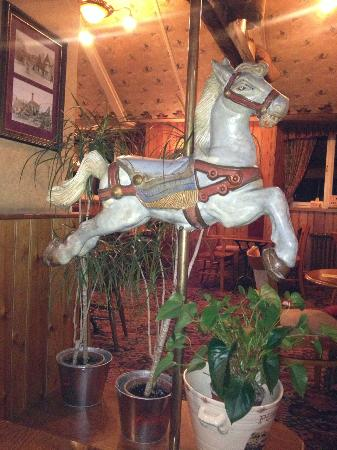 Radstock Hotel : Freaky/Awesome horse in bar