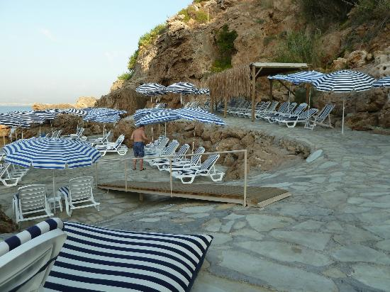 The Marmara Antalya: Liegen am Meer