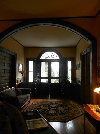 Albemarle Inn: The front entrance of the house, which leads to a pillared front sitting porch.