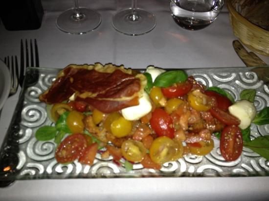 Restaurang Esperanza: That!s what I call a bruschetta!
