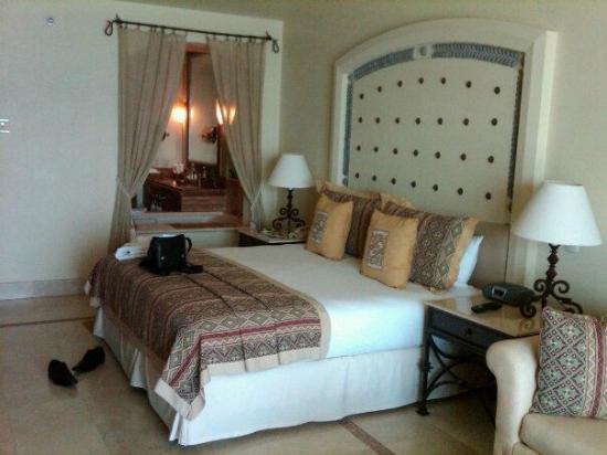 Marquis Los Cabos: my room