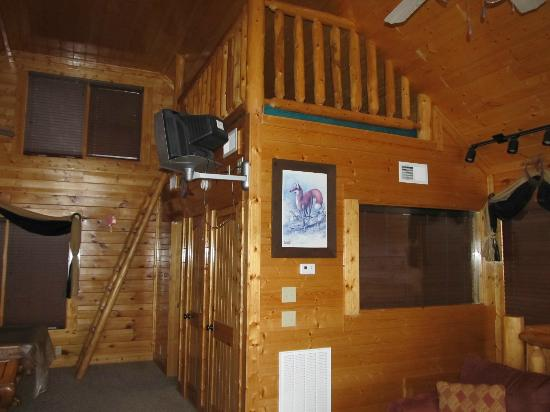 Legacy Mountain Resort: Loft bed