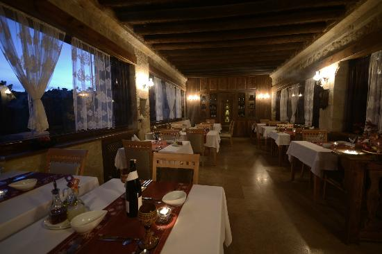 Fresco Cave Suites & Mansions: Restaurant