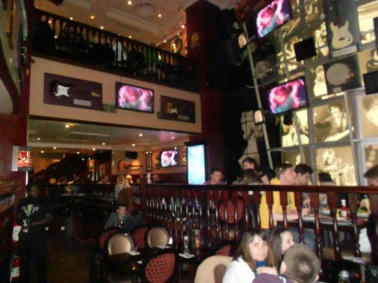Hard Rock Cafe Paris Location
