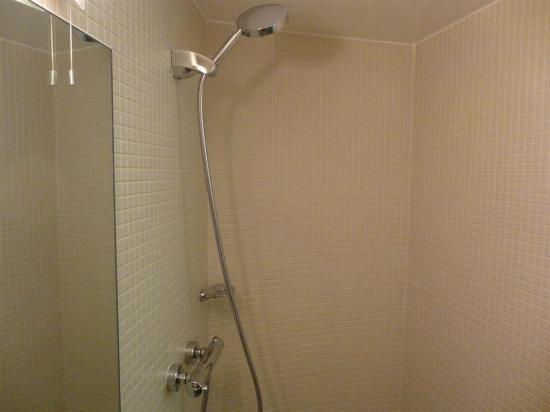 Nitenite Birmingham: Shower worked well