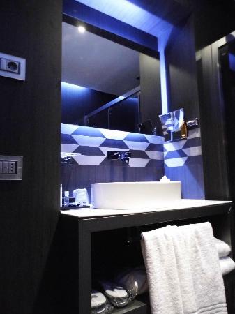 Berg Luxury Hotel: Lavabo