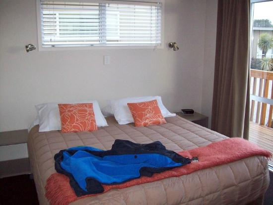 Taupo DeBretts Spa Resort: Master Bedroom