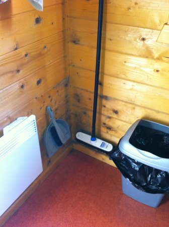 Camping Hostel Amsterdamse Bos: Schimmel Klamotten stinken nach 1 Nacht