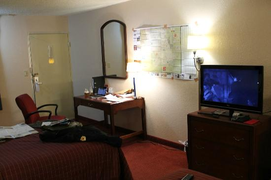 Westgate Inn & Suites : I added the map on the wall for my trips. Home and office away from home.