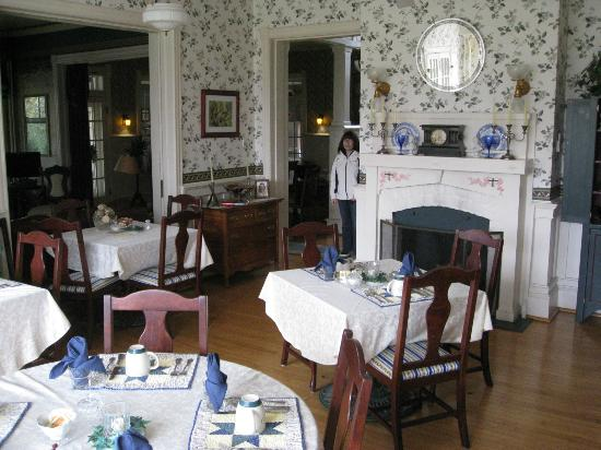 Killahevlin: Dining Room